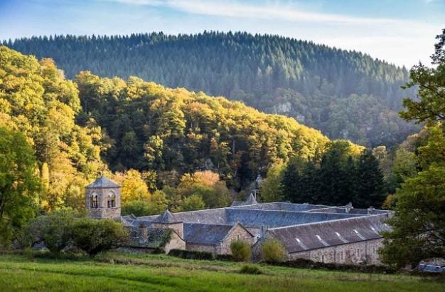 L'abbaye de Bonnecombe, lauréate du Prix du Patrimoine paysager et écologique de la Fondation Étrillard